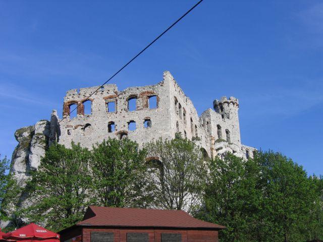 Zdjęcia: Ogrodzieniec, Jura Krakowsko-Częstochowska, Ruiny zamku w Ogrodzieńcu, POLSKA