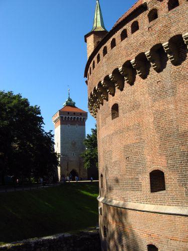 Zdjęcia: Kraków, Przy Barbakanie, POLSKA