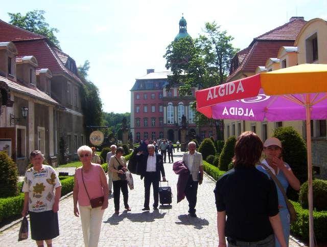 Zdjęcia: Wałbrzych, Pogórze Wałbrzyskie, Zamek Książ - dziedziniec, POLSKA