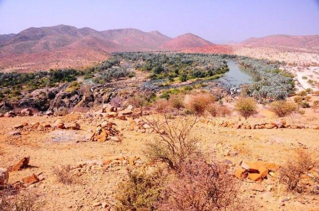 Zdjęcia: ---, ---, Spotkanie z pasją: Paweł Kilen W poszukiwaniu białych plam na mapie - Trekking rzeki Kunene, POLSKA