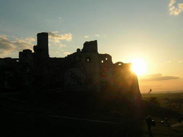 Zdjęcia: Ogrodzieniec, ruiny zamku Ogrodzieniec, POLSKA