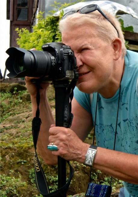 Zdjęcia: ---, ---, Wywiad z Elżbietą Dzikowską, POLSKA