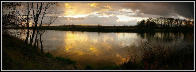 Zdjęcia: rzeka Odra koło Krapkowic, Ślask Opolski, zachód słońca panorama, POLSKA
