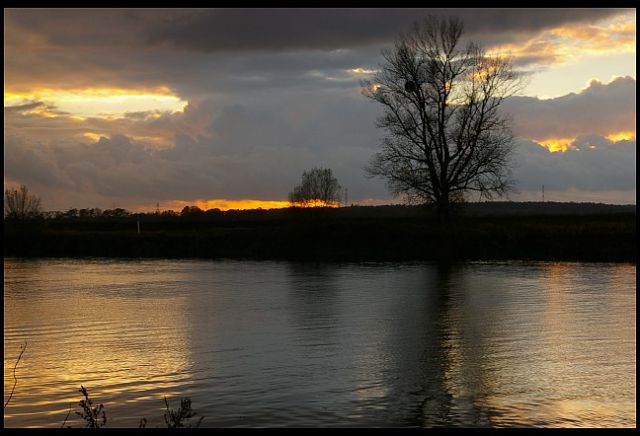 Zdjęcia: rzeka Odra koło Krapkowic, Ślask Opolski, zachód słońca, POLSKA