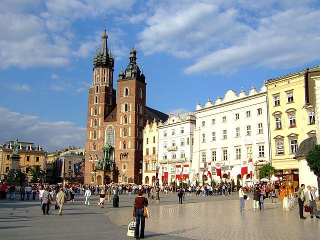 Zdj�cia: Krakow, na Rynku, POLSKA