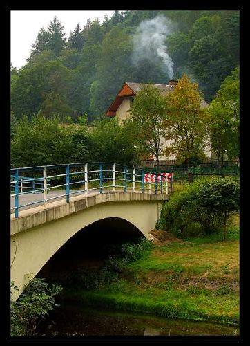 Zdjęcia: Pokrzywna, Góry Opawskie, mostek, POLSKA