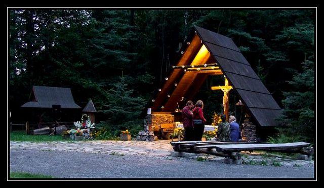 Zdjęcia: Pokrzywna, Góry Opawskie, kościółek, POLSKA