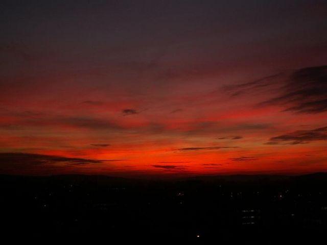 Zdjęcia: Kielce, Województwo świętokrzyskie, Zachód słońca z akademika Proton, POLSKA