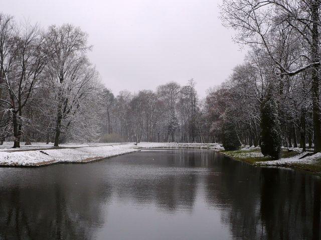 Zdjęcia: Nieborow, Mazowsze, w sniegowej szacie..., POLSKA