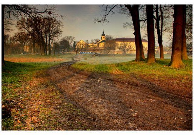 Zdjęcia: zamek, woj.Opolskie, ranną porą, POLSKA