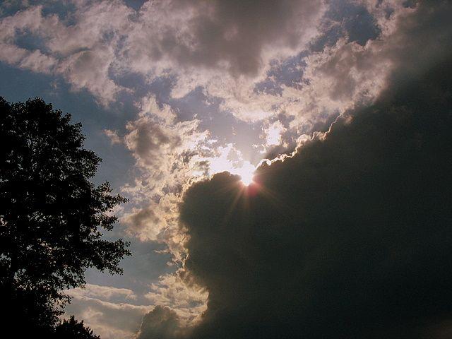 Zdjęcia: Niebo nad Mazowszem, Centralna Polska, Zachodzi słoneczko...za chmurę, POLSKA