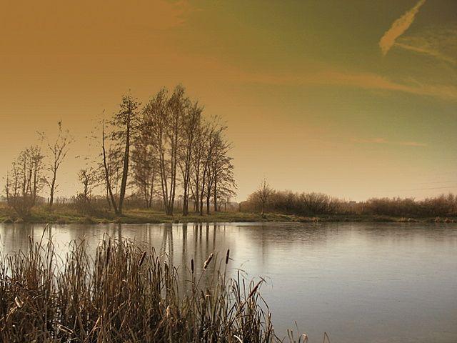 Zdjęcia: Pabianice, centralna Polska, Słońcem i cieniem malowane..., POLSKA