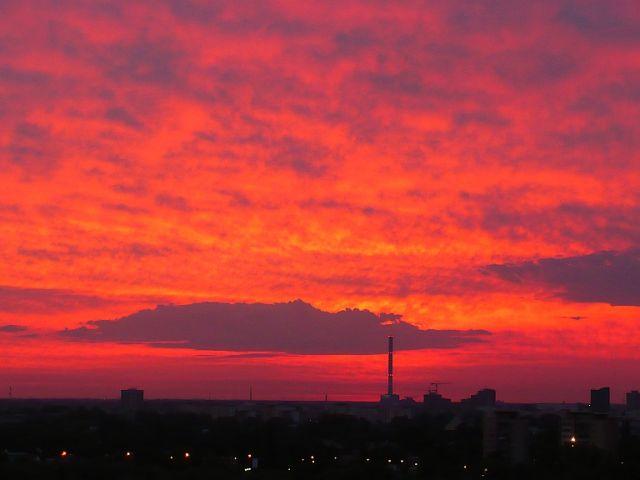 Zdjęcia: z okien mojego mieszkania, WARSZAWA, NIEBO W SZKARŁACIE, POLSKA