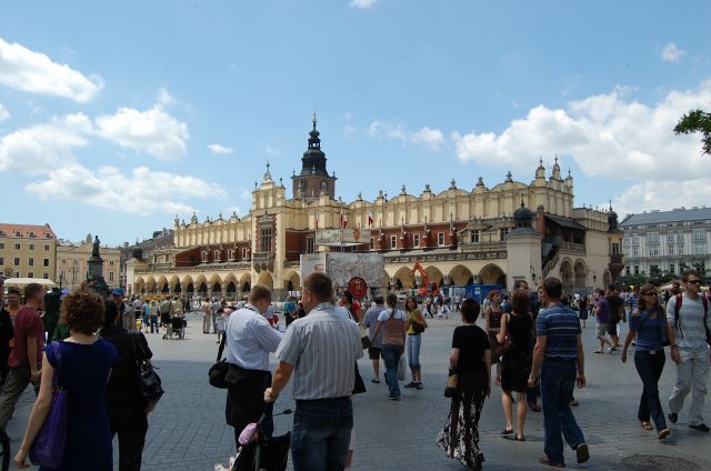 Zdjęcia: Kraków, Małopolska, Sukiennice, POLSKA