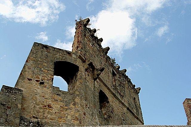 Zdjęcia: okolice Krosna, Podkarpacie, Zamek z Zemsty Fredry3, POLSKA
