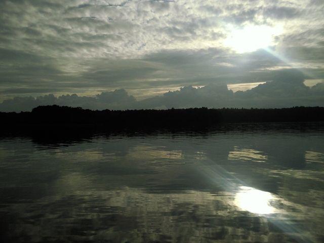 Zdjęcia: Szczecinek, Pomorze, jesienne jezioro, POLSKA