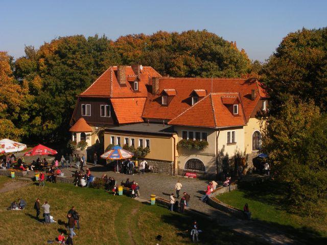 Zdjęcia: Sobótka, dolnośląskie, Schronisko PTTk na Ślęży, POLSKA