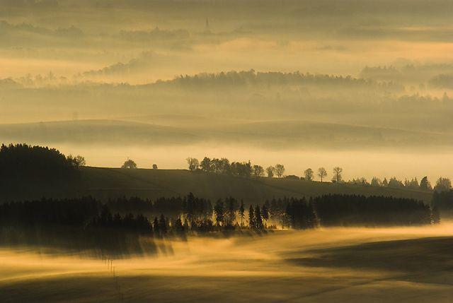 Zdjęcia: Widok ze Szczelińca, Góry Stołowe, Wystarczy rano wstać..., POLSKA