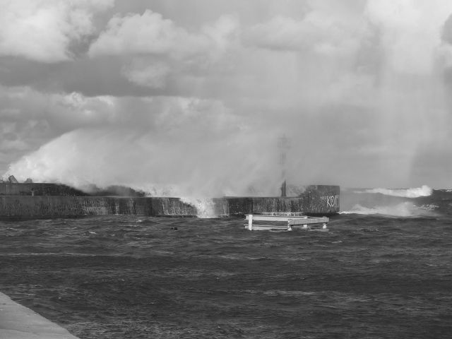 Zdjęcia: Ustka, Tam gdzie kończy się morze, a zaczyna niebo..., POLSKA