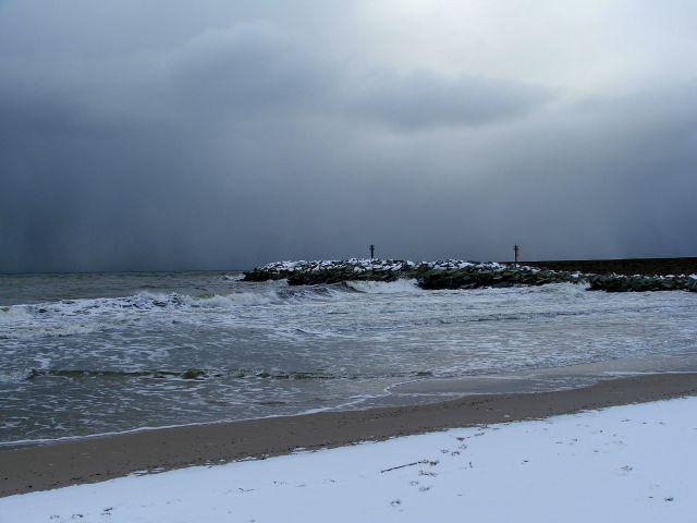 Zdjęcia: Ustka, Przyszła zima..., POLSKA