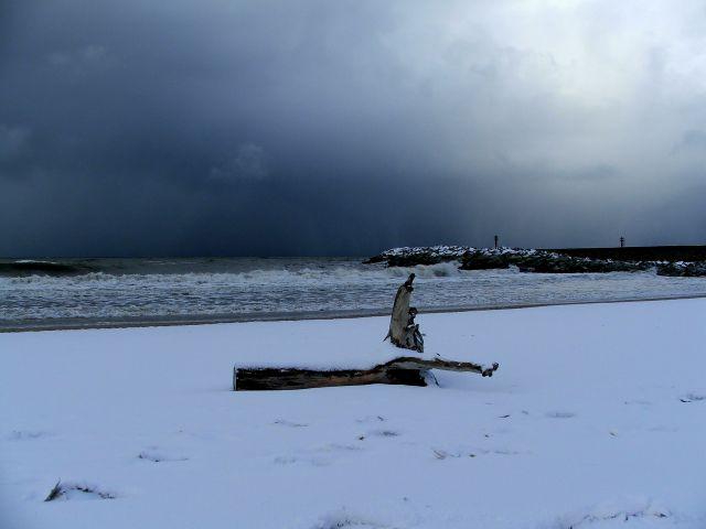 Zdjęcia: Ustka, Zimowa plaża, POLSKA