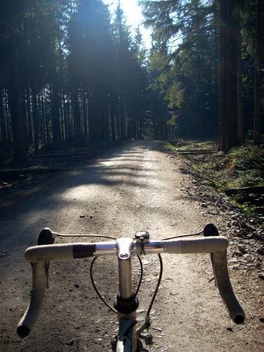 Zdjęcia: Zawoja, Beskid Żywiecki, Zawoja. Na rowerze., POLSKA