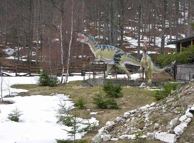Zdjęcia: Okolice Lądka Zdrój, Dinozaury, POLSKA