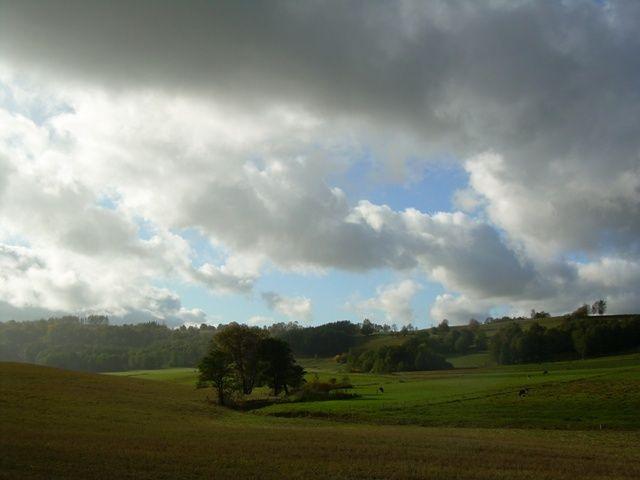 Zdjęcia: Suwalski Park Krajobrazowy, Suwalszczyzna, Dolinka wśród chmur, POLSKA