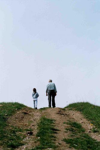 Zdj�cia: gdzie� na mazurach, dziadek z wnuczk� poznaj� �wiat, POLSKA
