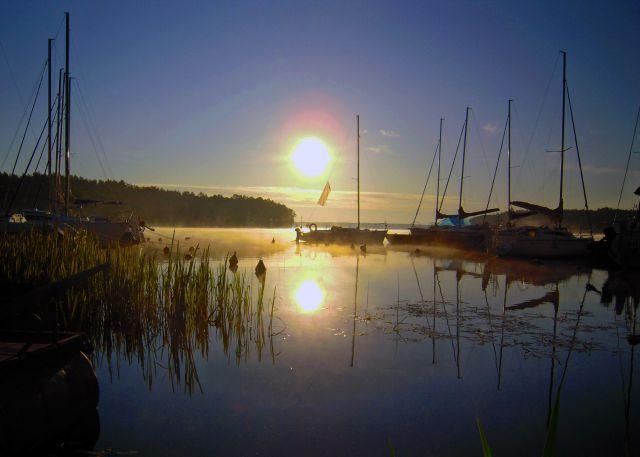 Zdjęcia: Marina w Karwicy, Jezioro Nidzkie, Mazury, Poranek w Karwicy, POLSKA