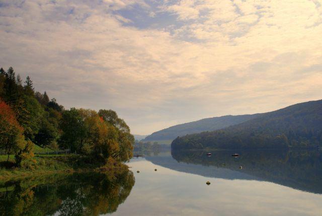 Zdjęcia: Myczkowce, -Bieszczady, Jesienny spokój , POLSKA