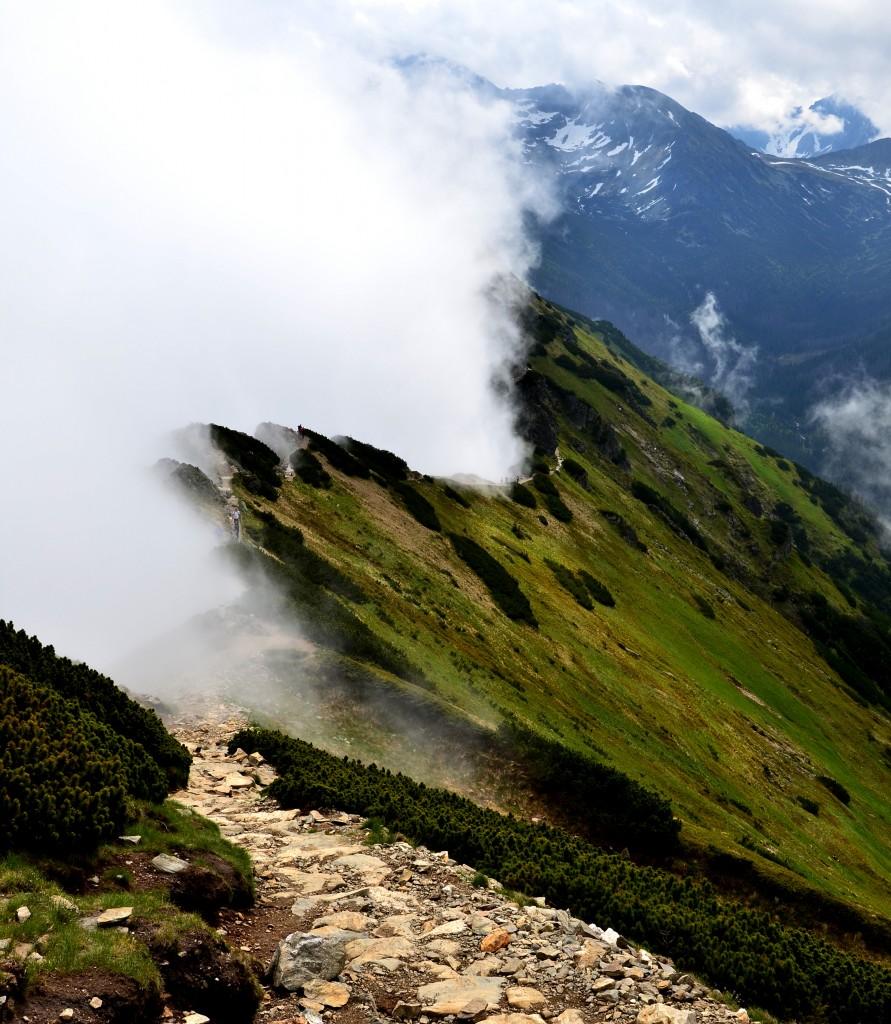 Zdjęcia: Suche Czuby, Tatry, droga w chmurach, POLSKA