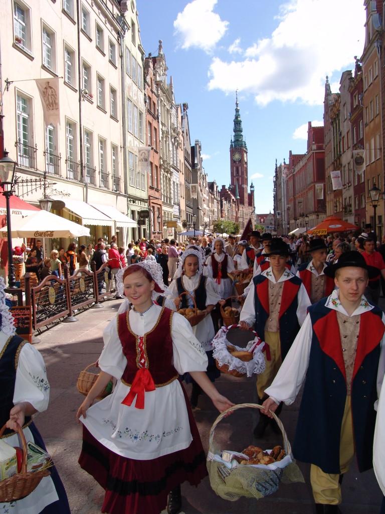 Zdjęcia: Gdańsk, Jarmark Św. Dominika w Gdańsku - Święto Chleba , Pomorze, Swięto chleba - parada, POLSKA