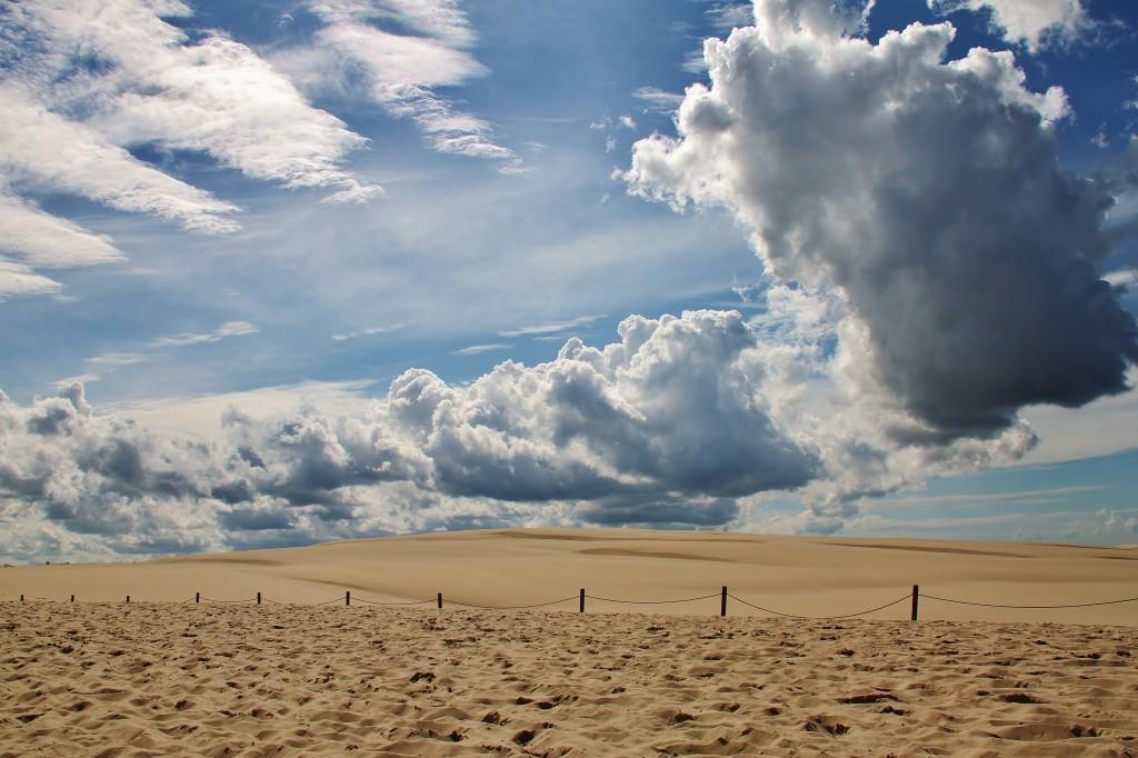 Zdjęcia: Ruchome wydmy, Łeba, Chmurami malowane, POLSKA