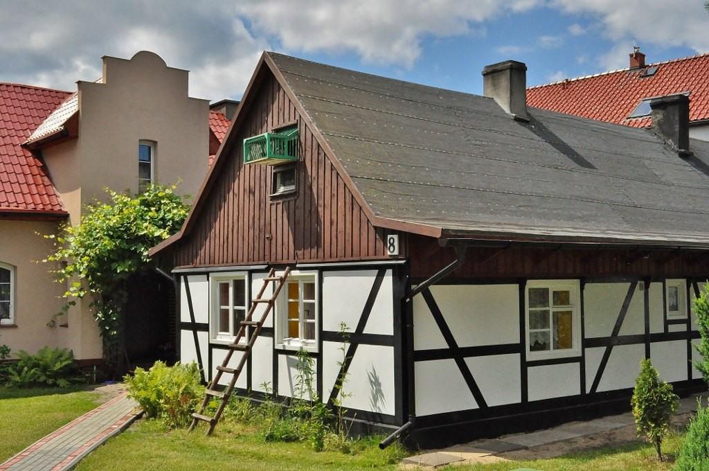 Zdjęcia: Jastarnia, Pomorze, Jastarnickie domy i budowle, POLSKA