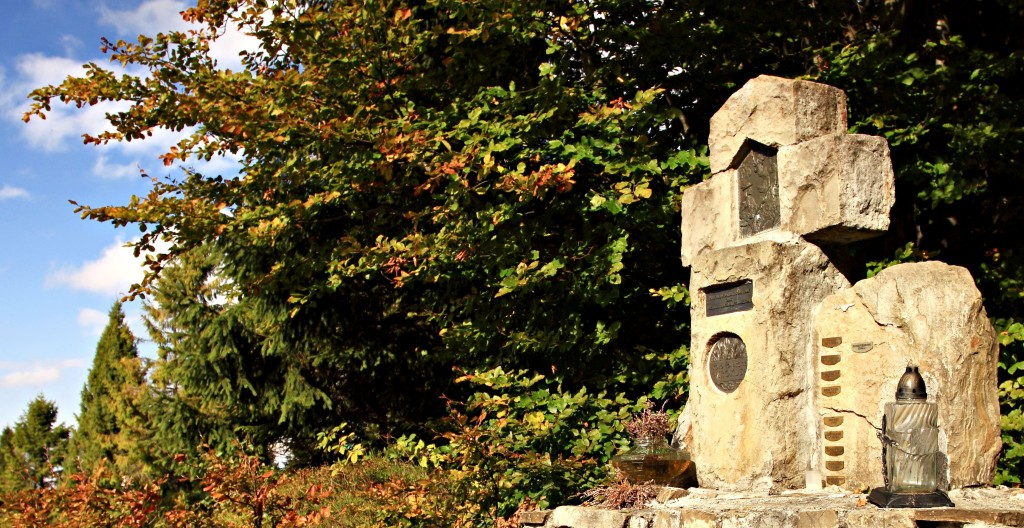 Zdjęcia: Turbacz, Gorce, Kamienny krzyż., POLSKA