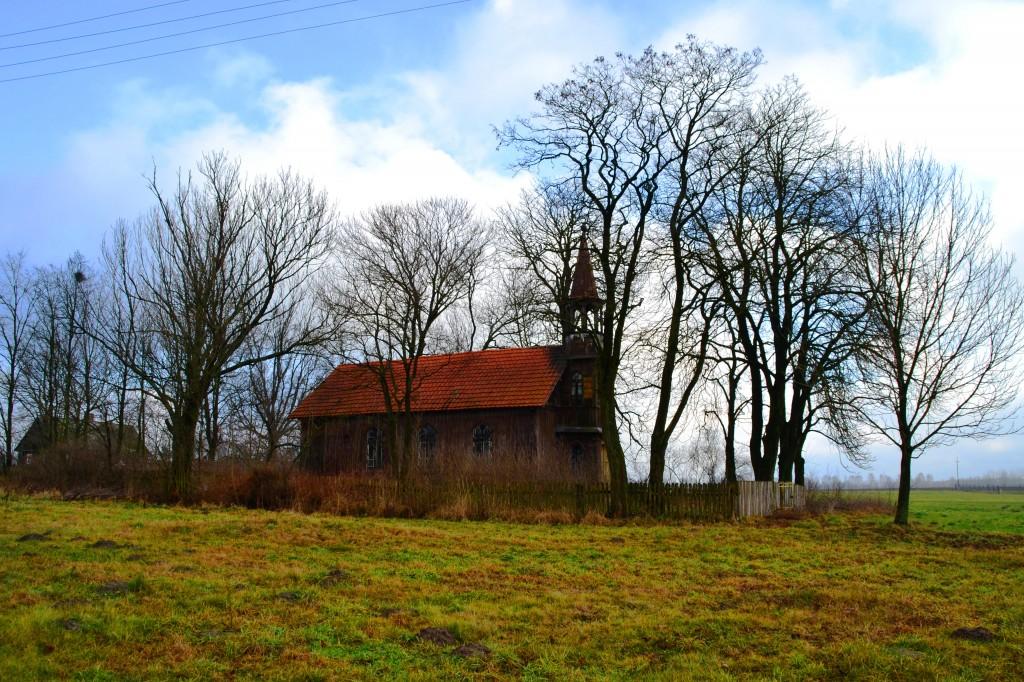 Zdjęcia: Kamionka, Mazowieckie, Umierające kościoły, POLSKA