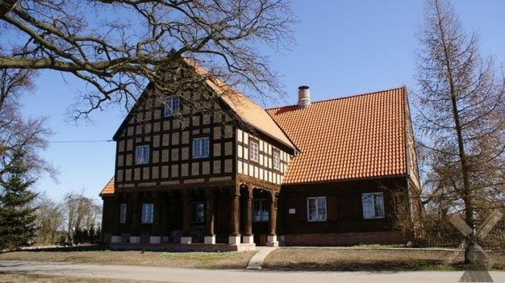 Zdjęcia: Marynowy, Żuławy, Dom podcieniowy w Marynowach, POLSKA