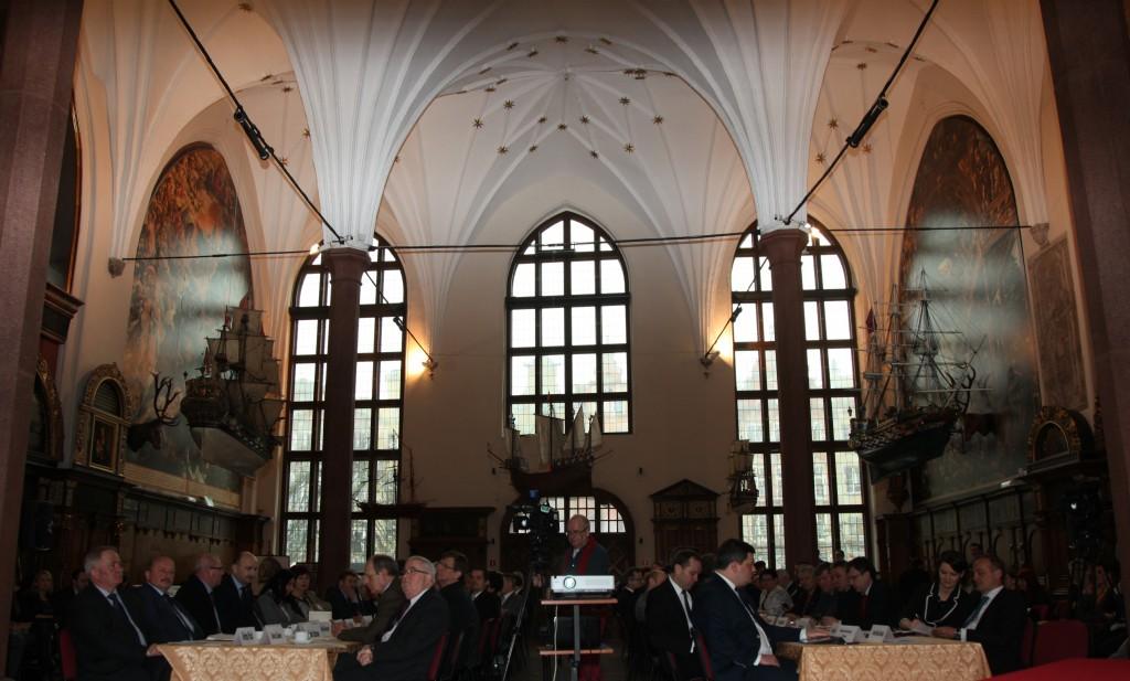 Zdjęcia: Dwór Artusa w Gdańsku, Pomorze, Obrady, POLSKA