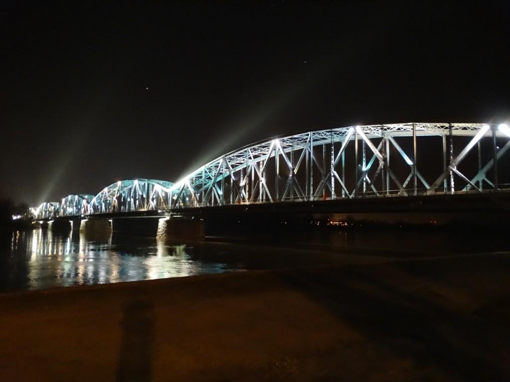 Zdjęcia: Torun, Kujawsko-Pomorskie, MOSTY ŁĄCZA LUDZI , POLSKA