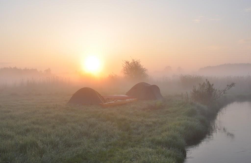 Zdjęcia: okolice Krasnystawu, rzeka Wieprz, Wschód słońca, POLSKA