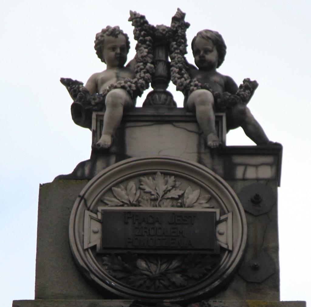 Zdjęcia: Nad Wartą, Konin, Pałac Reymonda, inskrypcja, POLSKA