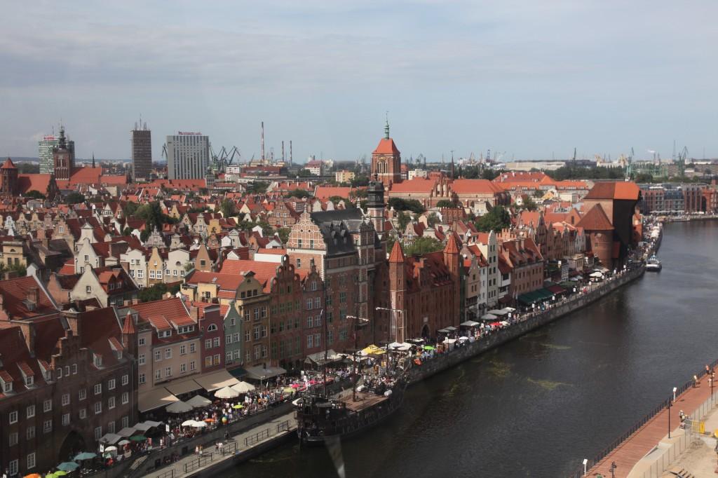 Zdjęcia: Gdańsk, nad Motławą, Pomorze, Panorama z żurawiem w tle, POLSKA