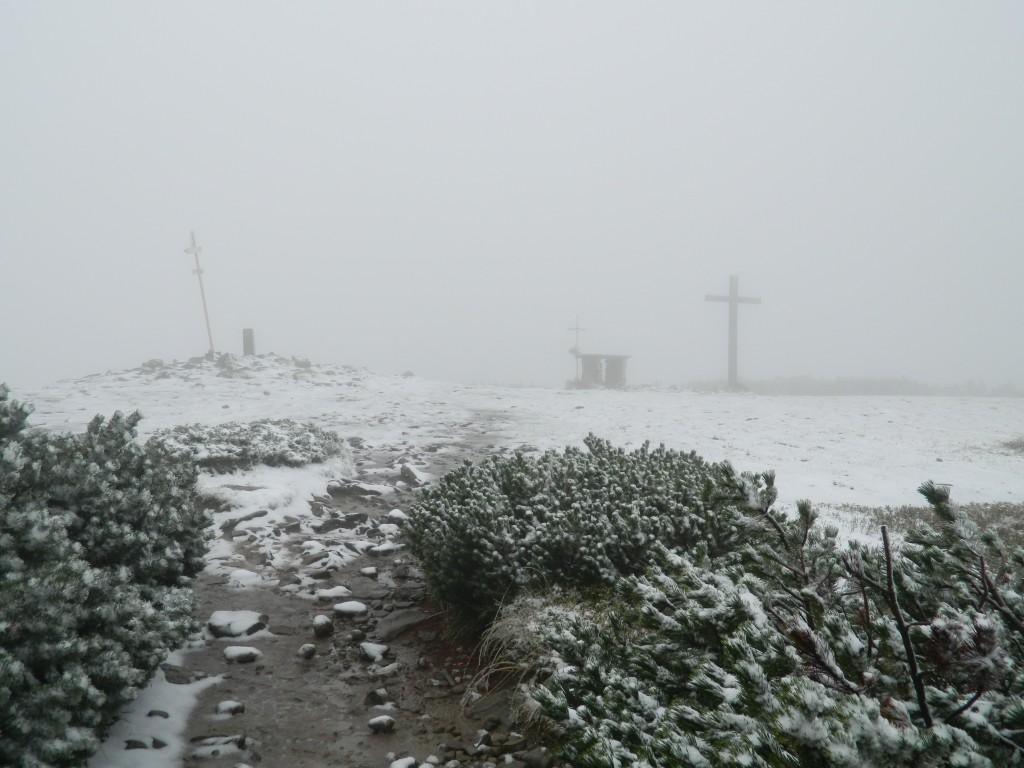 Zdjęcia: j/w. , Beskid, Pilsko we mgle i śniegu 23.09.14, POLSKA