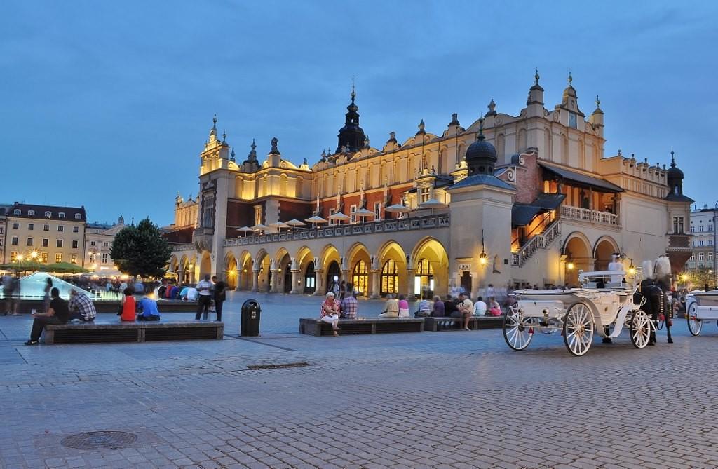 Zdjęcia: Kraków, Małopolska, Kraków, sukiennice, POLSKA