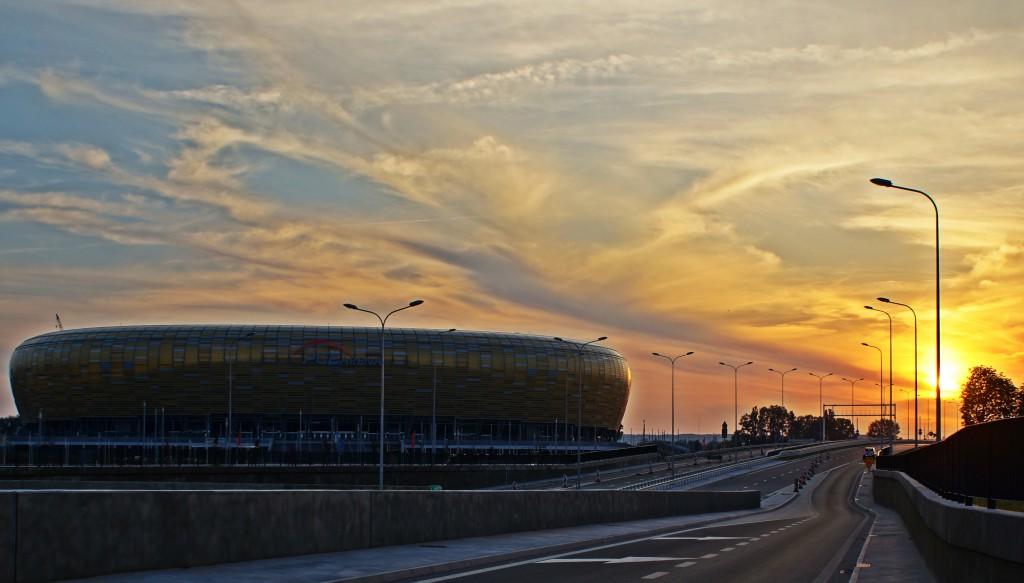 Zdjęcia: Gdańsk, Pomorze, PGE ARENA... w zachodzącym słońcu., POLSKA
