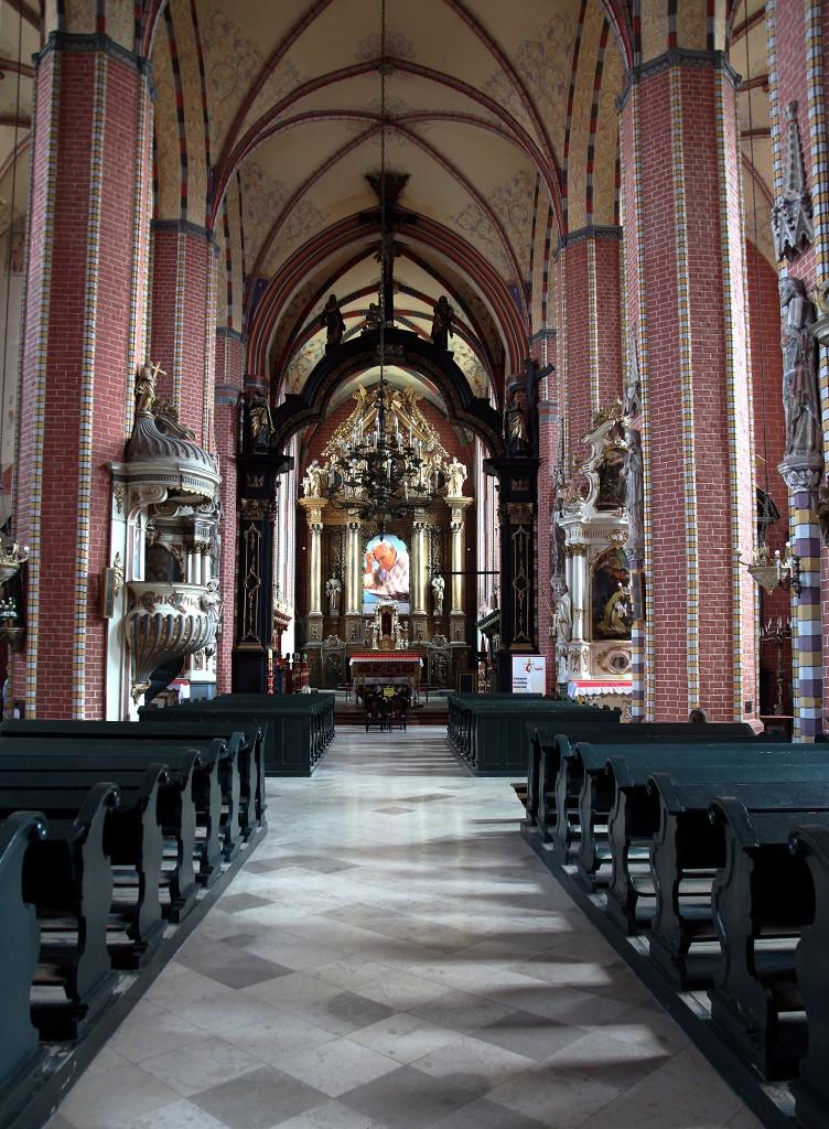 Zdjęcia: Kościół Wniebowzięcia NMP, Chełmno, Nawa główna, POLSKA