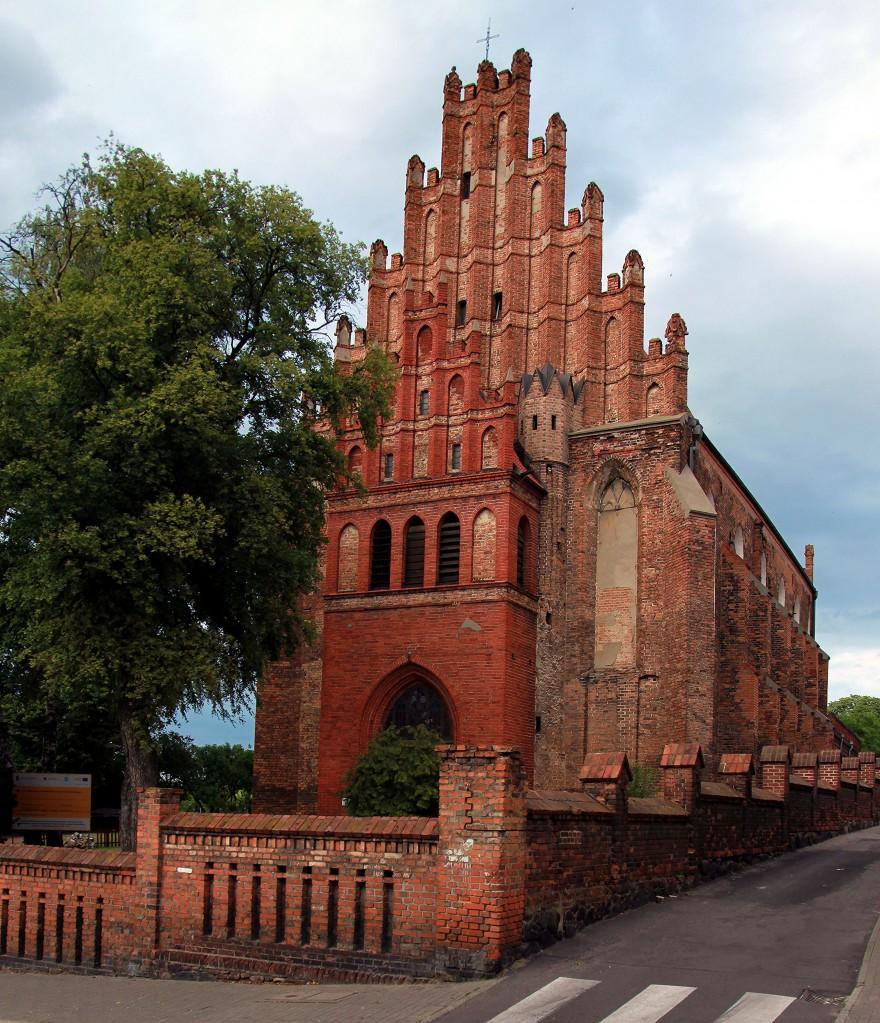 Zdjęcia: Ul. Dominikańska, Chełmno, Kościół p.w. św. Piotra i Pawła, POLSKA