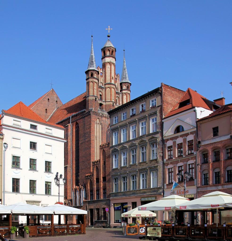 Zdjęcia: Rynek Staromiejski, Toruń, Kościół Wniebowzięcia Najświętszej Marii Panny, POLSKA