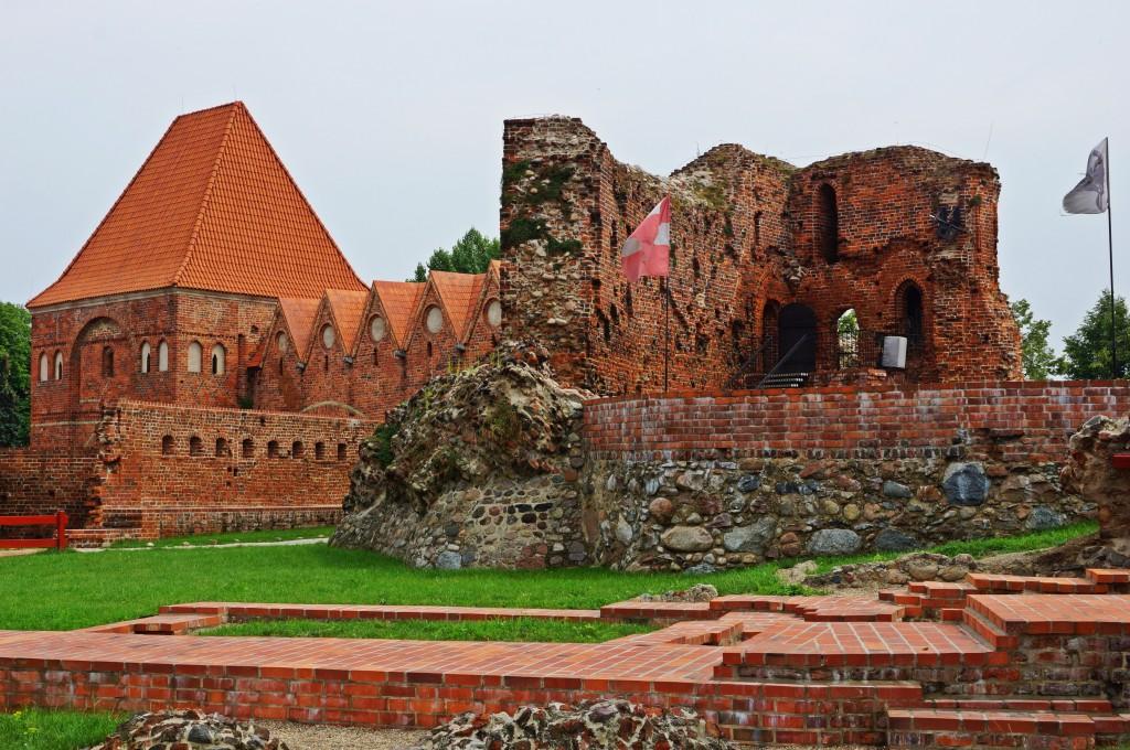 Zdjęcia: Toruń, Kuj-pom, Ruiny zamku krzyżackiego, POLSKA